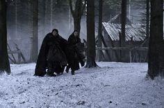 'Game Of Thrones' Season 3, Episode 4 John Bradley as Samwell Tarley, Hannah Murray as Gilly