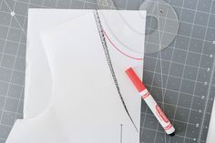 How to round the neckline on the Dove blouse by Megan Nielsen Patterns A Hook, Neckline, Patterns, Sewing, Blouse, How To Make, Block Prints, Plunging Neckline, Dressmaking