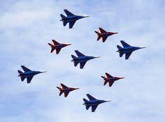Совместное пилотирование групп «Русские Витязи» и «Стрижи»