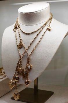 Annina Vogel (U.K.) - vintage charm necklace