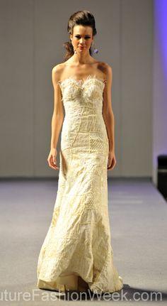 Carlos Vigil Couture Fashion Week New York 2013 #FashionWeek #Fashion #Couture #AndresAquino #Style #Women #Designer #Model #Dress #Pattern #White #Long #Detail #Beading