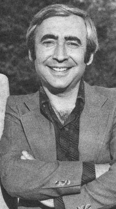 ✿ ❤ Şener Şen, Yeşilçam'da daha çok komedi rollerinin oyuncusuydu...