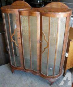 antique cabinet curved glass curio cabinet bent glass. Black Bedroom Furniture Sets. Home Design Ideas