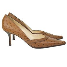 Rickard Shah Ostrich Pumps - Vault33 | The Wild Side of Fashion | A unique ostrich leather kitten heel from Rickard Shah, likely only worn a few times. In very good condition! | #RickardShah #Shah #Shoes #Ostrich #Pumps #Fashion #Designer #Consignment #WildSide #Vault33