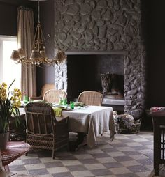 Newest Photos Stone Fireplace living room Strategies Terrific Photos painted Stone Fireplace Ideas painted stone fireplace : Want to do this color in t Painted Rock Fireplaces, Painted Stone Fireplace, Paint Fireplace, Faux Fireplace, Living Room With Fireplace, Fireplace Design, Fireplace Ideas, Stone Fireplaces, Living Room Modern