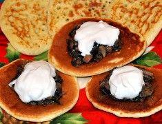 Отличная закуска - блинчики с грибной икрой