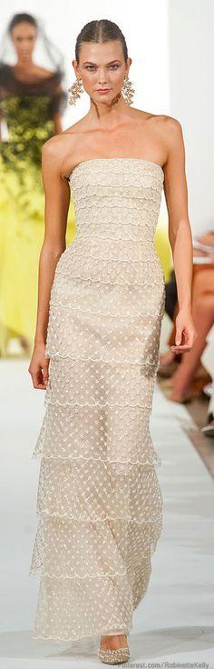 Oscar de la Renta | S/S 2014 -- CLICK here for your Dream Wedding Dress and Fashion Gown! https://www.etsy.com/shop/Whitesrose?ref=si_shop