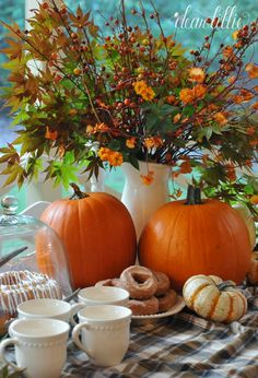 Lovey Thanksgiving Table Display.