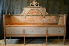 Love this old Swedish pull-out bench/bed....I would love it in my house in Italy.