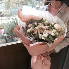 Rosas blancas y rosas  ❤