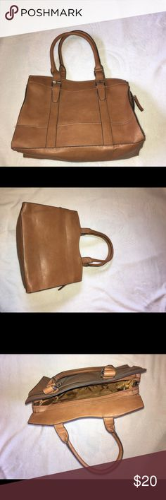 Tan Purse Tan purse I have never used it. It has just been  sitting! Dimension are 9.5 wide and 13 tall ( not including the handles) Bags Totes