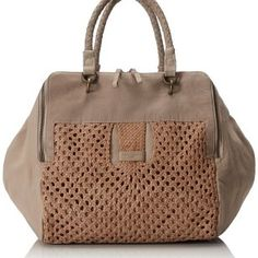 a50f3ceffb1c 13 Desirable Purses images