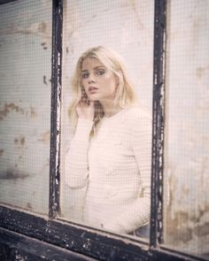 came to me Lucy Lucy Boynton, Dark Disney, Aesthetic People, Poses For Photos, Light Of My Life, Photo Archive, Woman Crush, Pretty Woman, Pretty Girls