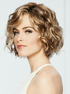 Thoroughly modern, remarkably natural looking. Unstructured air-dried waves and . Thoroughly modern, remarkably natural looking. Unstructured air-dried waves and . Short Curly Haircuts, Curly Hair Cuts, Curly Bob Hairstyles, Short Hair Cuts, Curly Hair Styles, Perms For Short Hair, Wedding Hairstyles, Natural Wavy Hairstyles, Curly Short