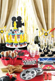 Reel Hollywood party supplies, available now at Affordable Treasures. - New Deko Sites Oscar Party, Movie Night Party, Party Time, Movie Nights, Hollywood Thema, Kino Party, Red Carpet Party, Pink Carpet, Discount Party Supplies