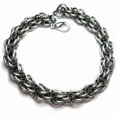 Olive Oil - Fieldstone Chainmaille Unisex Bracelet by Penny Cheng – Saniki Creations Handmade Chainmaille and Adornments