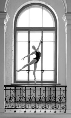 Bird in a cage... - photographer: Аристов Михаил - Ballet, балет, Ballett, Ballerina, Балерина, Ballarina, Dancer, Dance, Danza, Danse, Dansa, Танцуйте, Dancing