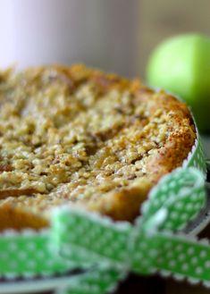 Uusimmassa Hembakat-lehdessä oli mielenkiintoinen omenatoscan resepti. Kakun reseptin takana on ruotsissa asuvan kahvilayrittäjä Tareq Ta...