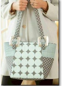 A cute basic bag and a great beginner sewing project for a teen, that takes about an hour to sew. There is also a 30-minute version that uses a different