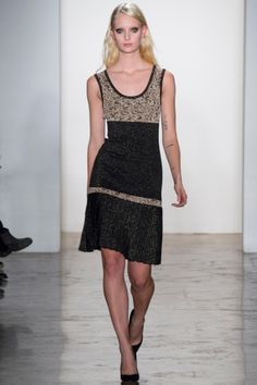 Sophie Theallet Fall 2014 RTW - Review - Fashion Week - Runway, Fashion Shows and Collections - Vogue