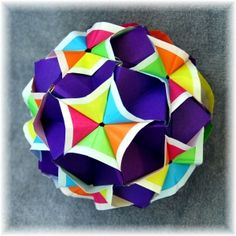 sonobe variation (Marvelous Modular Origami by MEENAKSHI MUKERJI) (sub black instead of deep purple for color scatter-like effect)