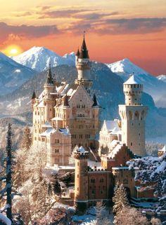 ¡Bonito puzzle! El castillo de Neushwanstein en 1500 piezas, de la marca Clementoni :)