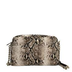 Apuesta para la noche por este bolso bandolera con un toque animal print en tonos cremas y marrones.
