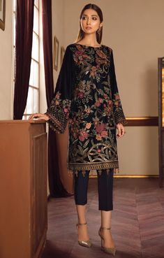Kurti Collection, Winter Collection, Saira Shakira, Pakistani Suits Online, Suits Online Shopping, Stylish Suit, Pakistani Bridal, Shalwar Kameez, Baroque