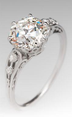 Stunning 2 carat diamond antique engagement ring