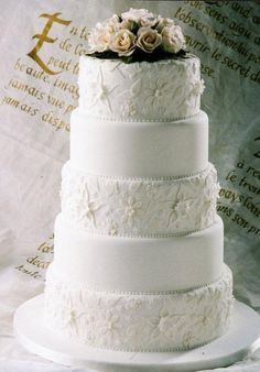 traditional style white wedding cake