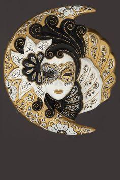 In Noctis: maschera artigianale veneziana prodotta a mano a venezia dai maestri dell'isola secondo il carnevale veneziano