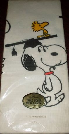 1970s Hallmark Peanuts Snoopy - Graduation - Table Cover Tablecloth @ niftywarehouse.com #NiftyWarehouse #Peanuts #CharlieBrown #Comics #Gifts #Products