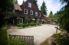 Robinswood House, venue possibility, cheap and pretty, too small?