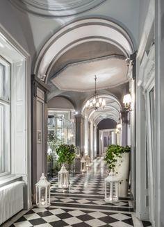 Wnętrze - hol Endorfiny w Pałacu Zamoyskich  Zdjęcie wykonane przez firmę Milton Brown
