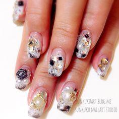 #sunkuku_nailart_studio#sunkuku#sunnykim#gelnail_art#nailart#日本のネイルアート#ジェルネイルアート#ネイルアート#ジェル#frenchnail#stone_art#art#nailswag#swag#beauty#nail_design#wedding_nail#style#unique#fashion#Hongdae#seoul#korea#studio#홍대#젤네일#네일아트   (at sunkuku nailart studio)