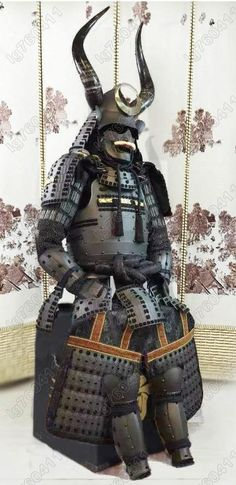 Japanese wearable Rüstung Samurai Armor Black Big horn Peach suit O20 | Collectibles, Cultures & Ethnicities, Asian | eBay!