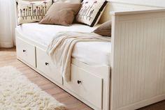 IKEA Gästebetten und Tagesbetten wie z. B. HEMNES Tagesbettgestell in Weiß