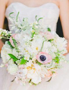 10 paletas de cores para o seu buquê de noiva | http://www.blogdocasamento.com.br/10-paletas-de-cores-para-o-seu-buque-de-noiva/