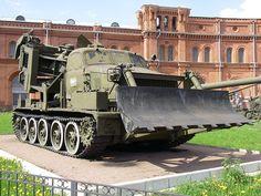 МДК-2 и другая военная инженерная техника для рытья окопов и траншей