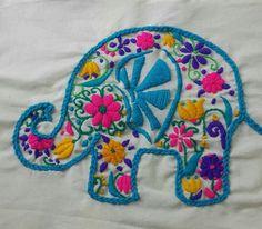 Risultati immagini per bordados sobre arpillera Embroidery Works, Hand Embroidery Patterns, Embroidery Applique, Cross Stitch Embroidery, Embroidery Designs, Kawaii Crochet, Crochet Yarn, Needlepoint Kits, Small Quilts
