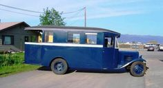 1931 Chevrolet house car presented to Mae West by Paramount Studies when Ms. West moved from vaudeville to Paramount Pictures the same year.  It was a chauffer driven touring car, complete with seatback tables and a kitchenette for meals on the road.   Notice the open observation area in the rear, with its own door.