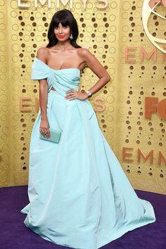 Jamella Jamil in Monique Lhuillier attends the Emmy Awards in L. Mandy Moore, Christian Siriano, Lilly Singh, Julia Louis Dreyfus, Padma Lakshmi, Kelly Osbourne, Kate Mckinnon, Purple Carpet, Red Carpet Looks