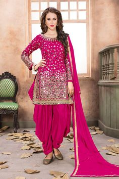 Shop online for party wear salwar kameez and designer salwar kameez. Buy this net and tafeta silk embroidered and mirror work pink patiala salwar kameez. Patiala Dress, Patiala Salwar Suits, Designer Salwar Kameez, Punjabi Dress, Punjabi Bride, Indian Suits Punjabi, Patiala Suit Wedding, Punjabi Suits Party Wear, Shalwar Kameez
