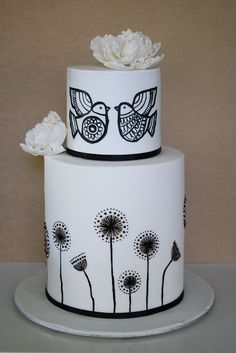 Can this be a true love wedding cake? I adore this cake! Perfect when I remarry my husband on our wedding anniversary. Yes, this is the wedding cake I choose. Gorgeous Cakes, Pretty Cakes, Amazing Cakes, Black And White Wedding Cake, White Wedding Cakes, Black White, Cake Wrecks, Hand Painted Cakes, Painted Birds