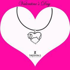 """Handmade amazing galloping horse heart necklace made of platinum plated silver 925o on a thin black rubber.------------------------------------------------------------------Πρωτότυπο χειροποίητο κολιέ """"άλογο που καλπάζει"""" με μενταγιόν σε σχήμα καρδιάς από επιπλατινωμένο ασήμι 925ο  σε λεπτό μαύρο καουτσούκ 1mm. Ένα μοντέρνο κόσμημα για το λαιμό για εσάς που ψάχνετε κάτι ξεχωριστό!"""