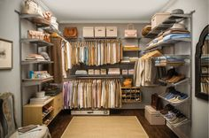 Rubbermaid HomeFree Series Is What I Need To Organize My Closet!