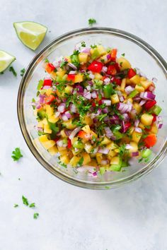Quick and Easy Peach Salsa Recipe for you enjoy during the last weeks of summer. Quick and Easy Peach Salsa Recipe for you enjoy during the last weeks of summer. Healthy Summer Recipes, Gluten Free Recipes, Healthy Menu, Healthy Eats, Healthy Foods, Healthy Appetizers, Appetizer Recipes, Peach Salsa Recipes, Whole 30 Recipes