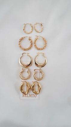 #belmto #style #minimalist #fashion #accessories #fashionista #jewelry Ear Jewelry, Gold Jewelry, Jewelry Accessories, Fashion Accessories, Fashion Jewelry, Stylish Jewelry, Modern Jewelry, Gold Earrings Designs, Just Girly Things