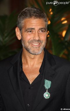 george clooney reminds me of my dad the smile and. Black Bedroom Furniture Sets. Home Design Ideas