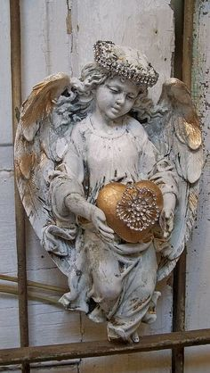 The Angel, Cottage chic, French chic